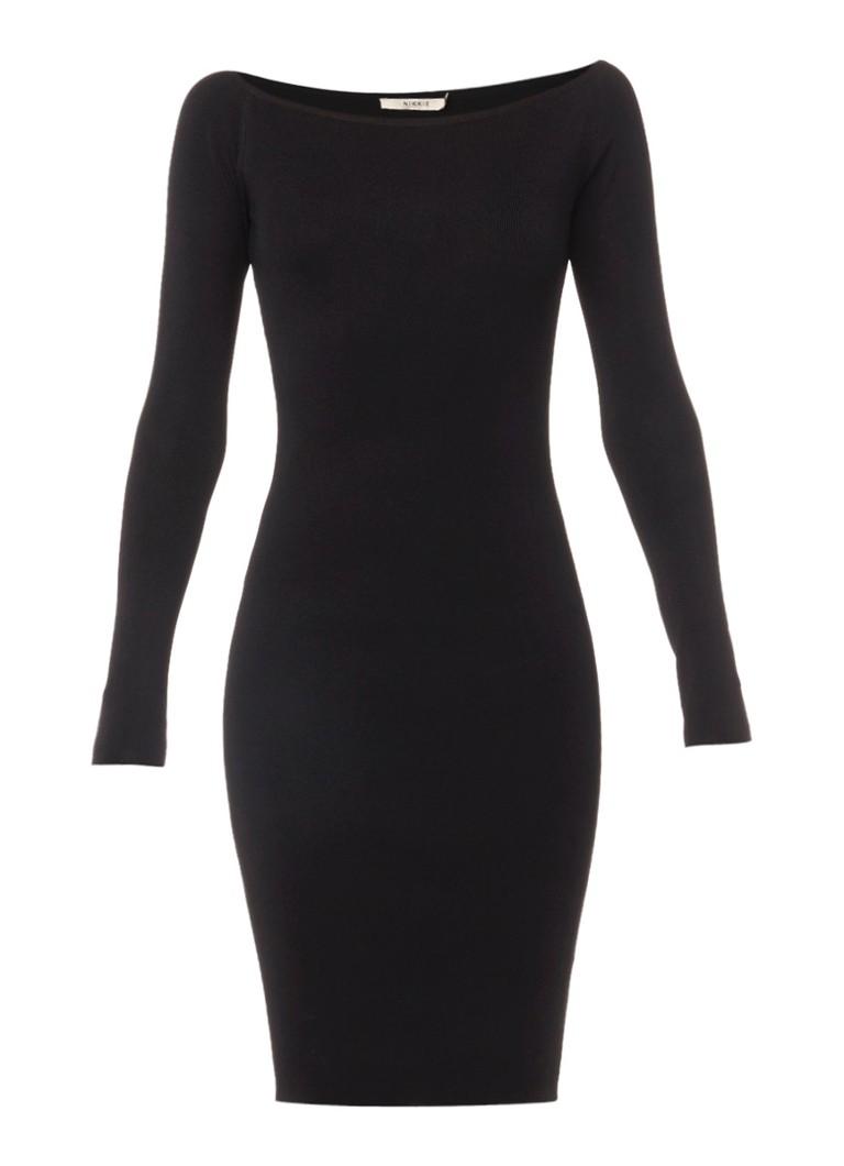 Nikkie Jolie schulterfreies Kleid mit langen Ärmeln